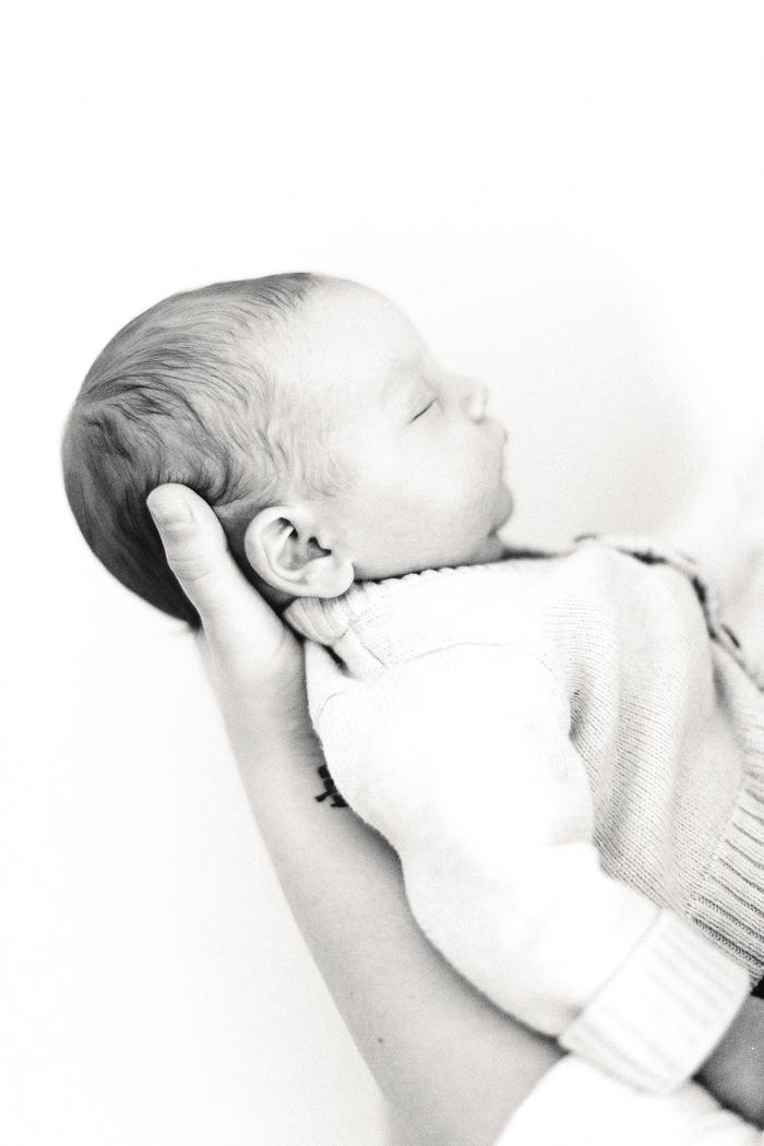 SamanthajovanNewborn009 Newborn Lifestyle // Starksen portraits